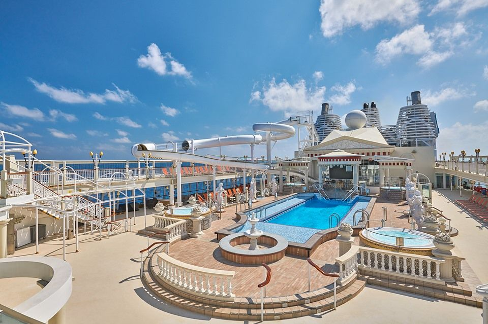 Dream Cruises Deck