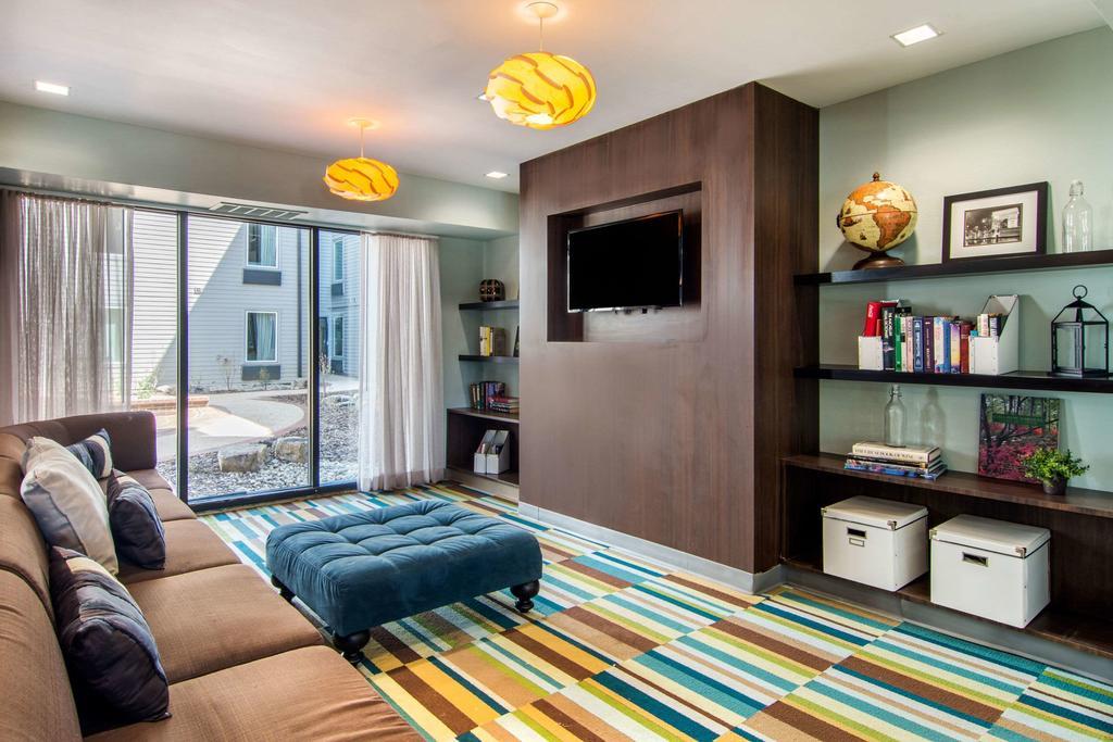 Clarion Inn Suites Atlanta Downtown